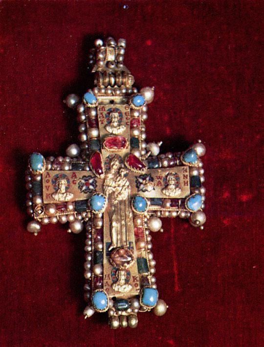 48.  Золотой крест из Мартвили. X в.